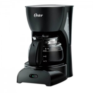 Cafetera Oster 4 Tazas Color Negro